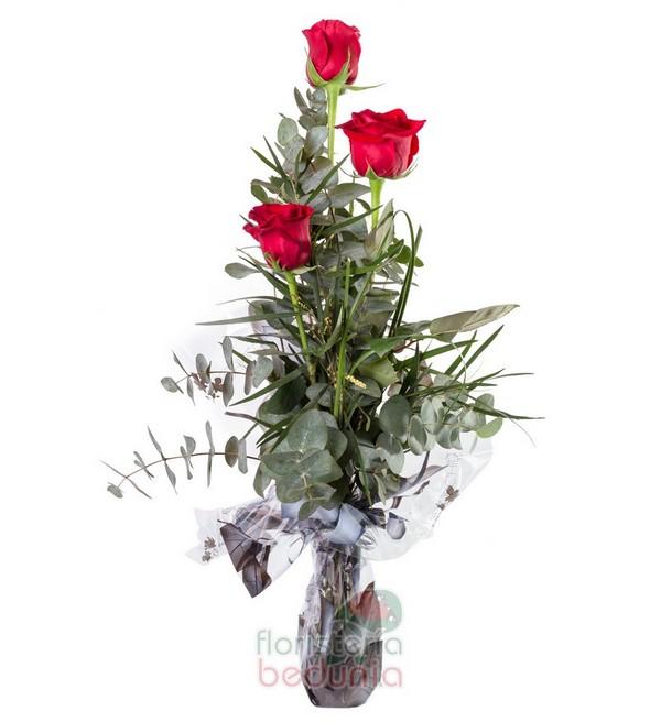Three Roses Love